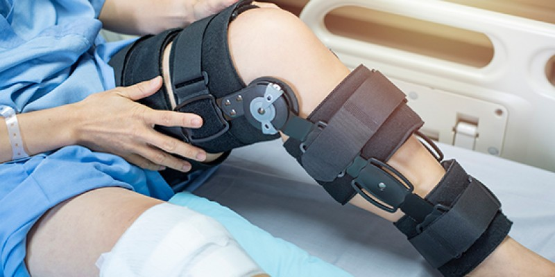 What is ACL Tear & How Physiotherapy Can Help?