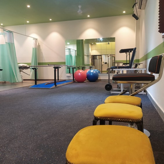 CB Physiotherapy Clinic Safdarjung Enclave